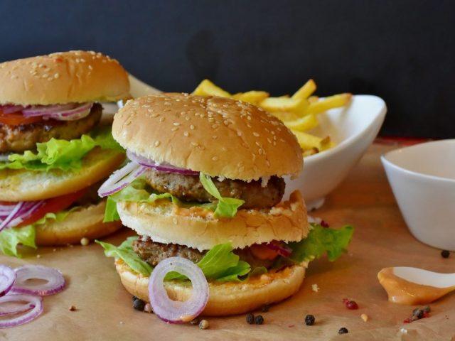 burger-2762371_1920-1024x683